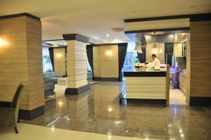 Lobby Bar 1 (Copy)