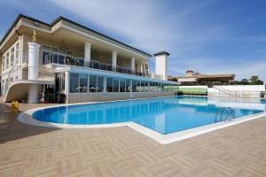 Pool 2 (Copy)